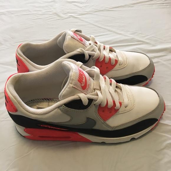 Nike Schuhes   Price Price  Firm Damenschuhe Air Max 385 Eur 6y Us   Poshmark 976c94